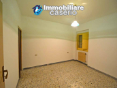 Town house with views of the hills for sale in the Abruzzo region 4