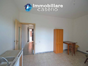 Town house with views of the hills for sale in the Abruzzo region 7