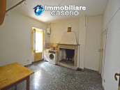 Town house with views of the hills for sale in the Abruzzo region 9