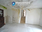 Ancient stone house with panoramic terrace for sale in Abruzzo 7