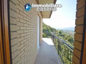 Spacious house with land for sale in Archi, the Abruzzo hills halfway between sea 10