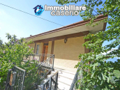 Spacious house with land for sale in Archi, the Abruzzo hills halfway between sea 3