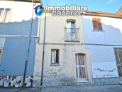 Town house with new roof for sale in the Abruzzo Region, Italy 1