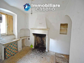 Town house with new roof for sale in the Abruzzo Region, Italy 3