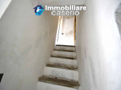 Town house with new roof for sale in the Abruzzo Region, Italy 5