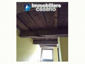 Finely farm house restored for sale in the Municipality of Pizzone, Molise Region 7