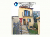 Spacious renovated house with garden for sale in the Abruzzo region 1