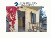 Spacious renovated house with garden for sale in the Abruzzo region 3
