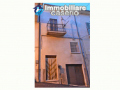 Town house with garden for sale in the Abruzzo Region, Casalanguida 1