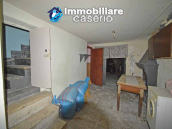 Town house with garden for sale in the Abruzzo Region, Casalanguida 21