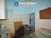 Town house with garden for sale in the Abruzzo Region, Casalanguida 4