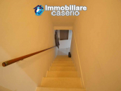 Detached country house with terrace, barn and land for sale in the Abruzzo region 18