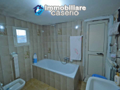 Detached country house with terrace, barn and land for sale in the Abruzzo region 21