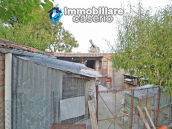 Detached country house with terrace, barn and land for sale in the Abruzzo region 27