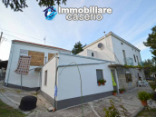Detached country house with terrace, barn and land for sale in the Abruzzo region 4