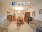 Detached country house with terrace, barn and land for sale in the Abruzzo region 6