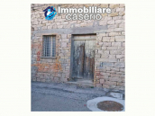 Spacious house with garage for sale in the Molise Region, Italy 4