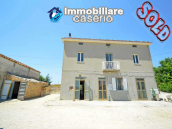 Country house on two levels plus attice for sale in the Abruzzo countryside 1