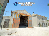 Country house on two levels plus attice for sale in the Abruzzo countryside 3