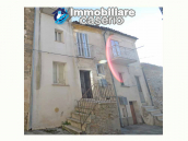 Spacious village house with great potential for sale in Gissi, Abruzzo, Italy 1