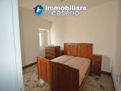 Spacious village house with great potential for sale in Gissi, Abruzzo, Italy 11