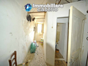 Spacious village house with great potential for sale in Gissi, Abruzzo, Italy 17