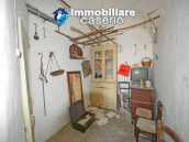 Spacious village house with great potential for sale in Gissi, Abruzzo, Italy 18