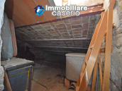 Spacious village house with great potential for sale in Gissi, Abruzzo, Italy 21