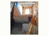 Spacious village house with great potential for sale in Gissi, Abruzzo, Italy 22