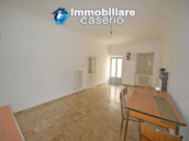 Spacious village house with great potential for sale in Gissi, Abruzzo, Italy 7