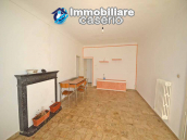 Spacious village house with great potential for sale in Gissi, Abruzzo, Italy 9