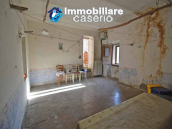 Stone house with garage and land for sale in Abruzzo, Italy 17