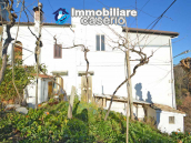 Stone house with garage and land for sale in Abruzzo, Italy 2