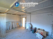 Stone house with garage and land for sale in Abruzzo, Italy 23
