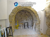 Completely renovated house with terrace for sale in San Buono, Abruzzo 23