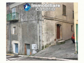Village house with ancient stone cellar for sale in the Abruzzo region, Italy 1