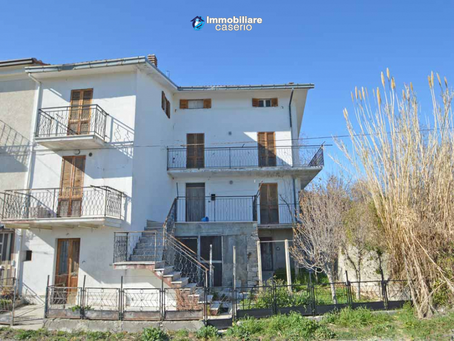 House with garden for sale in Tornareccio, a town called the Queen of Honey