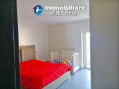 House with terrace completely renovated on four levels for sale on the Abruzzo hills 10