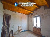 House for sale with panoramic views, the Abruzzo hills 27 min from the sea 5
