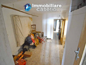 House for sale with panoramic views, the Abruzzo hills 27 min from the sea 8