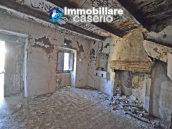 Stone house to renovate for sale in Liscia, Abruzzo country with two grocery stores 12