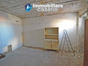 Stone house to renovate for sale in Liscia, Abruzzo country with two grocery stores 5