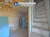 Stone house to renovate for sale in Liscia, Abruzzo country with two grocery stores 7