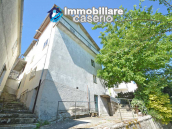 Habitable and well-kept village house for sale in Belmonte del Sannio, Molise 1