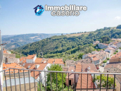 House in excellent condition with terrace and plot of land for sale in Molise, Italy 13