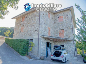Country house unfinished of three floors for sale in Castelbottaccio, Molise, Italy 1