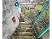 Country house with outbuildings for sale in Guilmi countryside, on the Abruzzo hills 10