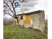 Country house with outbuildings for sale in Guilmi countryside, on the Abruzzo hills 13