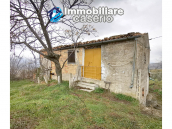 Country house with outbuildings for sale in Guilmi countryside, on the Abruzzo hills 14