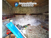Country house with outbuildings for sale in Guilmi countryside, on the Abruzzo hills 3